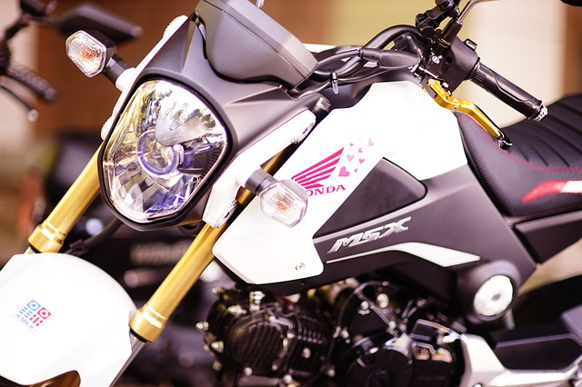 motorcycles-766906_640