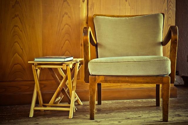 chair-1778706_640 (1)